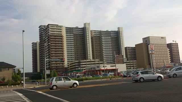 研究学園地区の高層マンション